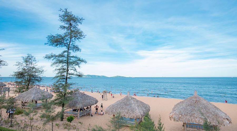Bãi Đông: Thiên đường biển cả ở Thanh Hóa